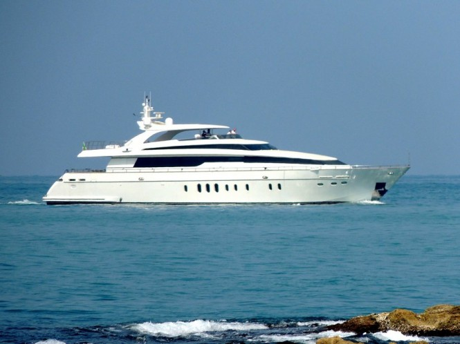 Sanlorezo yacht near Viareggio - Photo by Roberto Malfatti