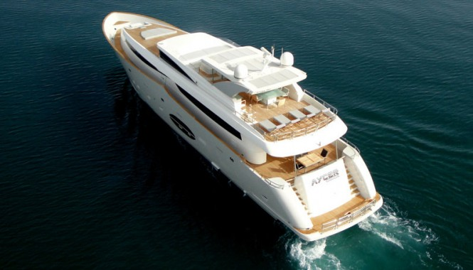 Superyacht Aycer 110 - aft view