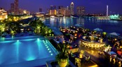 The Fullerton Bay Hotel in the beautiful Asian yacht charter destination - Singapore