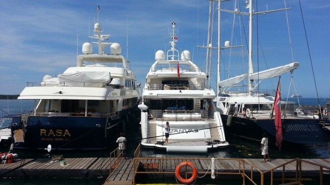 BBQ Dock Bali with three Superyachts
