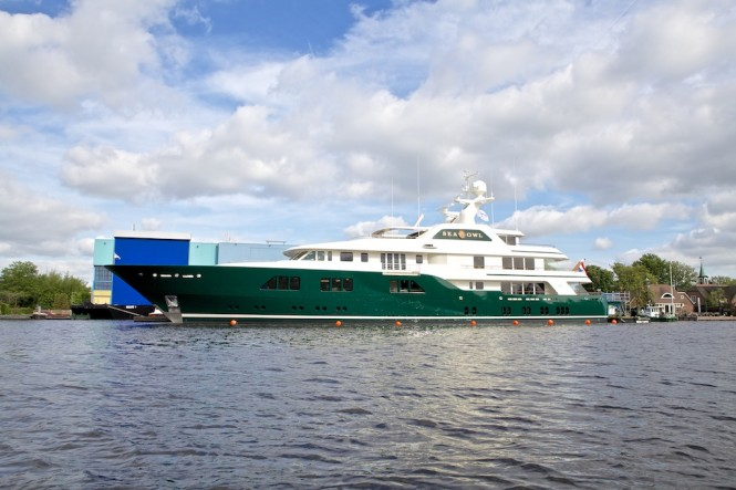 Feadship Sea Owl yacht leaving the shed