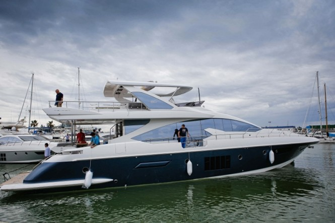 Newly launched motor yacht Azimut 80 on the water