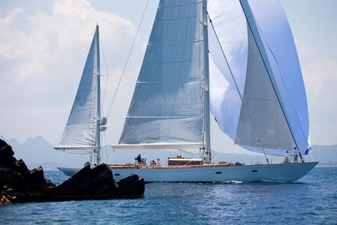 Sailing yacht Bequia