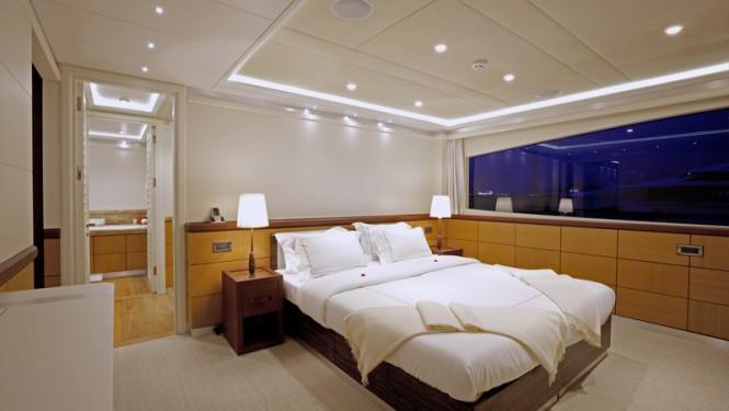 Quaranta Yacht - master suite