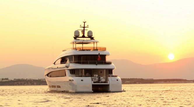 Quaranta Yacht - stern