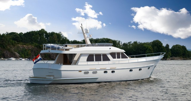 Continental Trawler 20.00 Flybridge Yacht in white - aft view