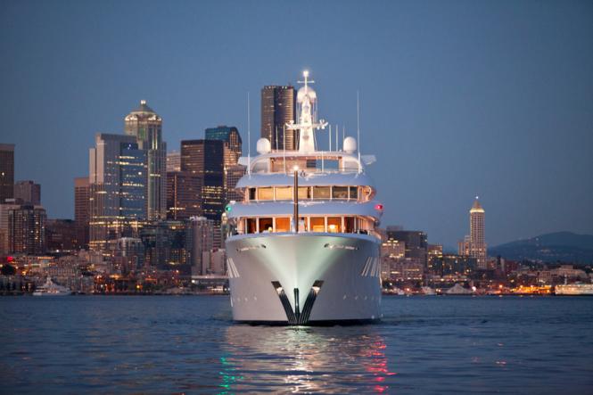 Delta mega yacht INVICTUS