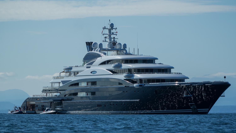 Luxury Mega Yacht Interior