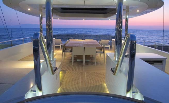 Luxury yacht Quaranta - Sundeck
