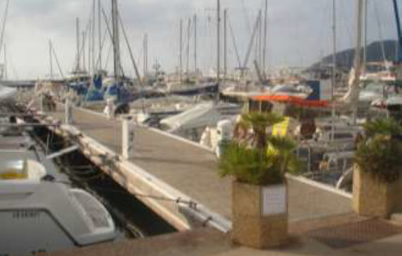 Pontoon at Mandelieu-la-Napoule to be replaced by Poralu Marine