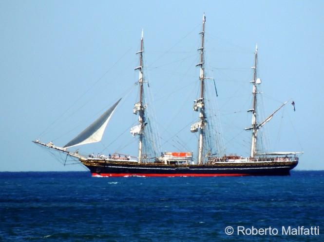 STAD AMSTERDAM sailing yacht
