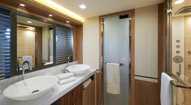 Superyacht MCY 86 - Owners Cabin Bathroom