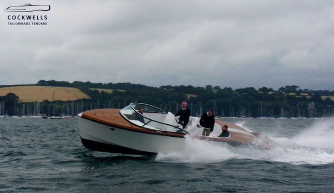 Cockwells 9.5m TT Grace E Yacht at full speed