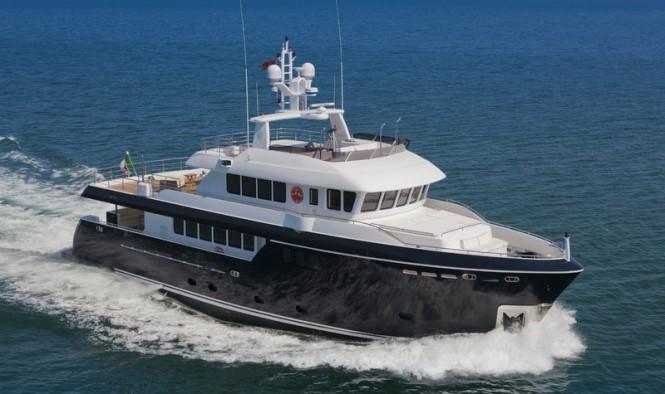Darwin Class 96 superyacht Stella di Mare