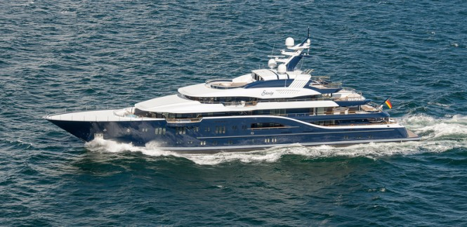 Luxury motor yacht Solandge - Upview