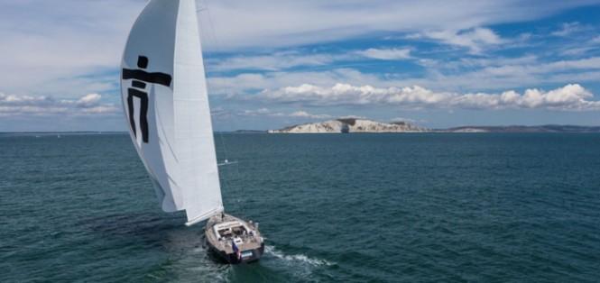 Luxury yacht Inukshuk - aft view