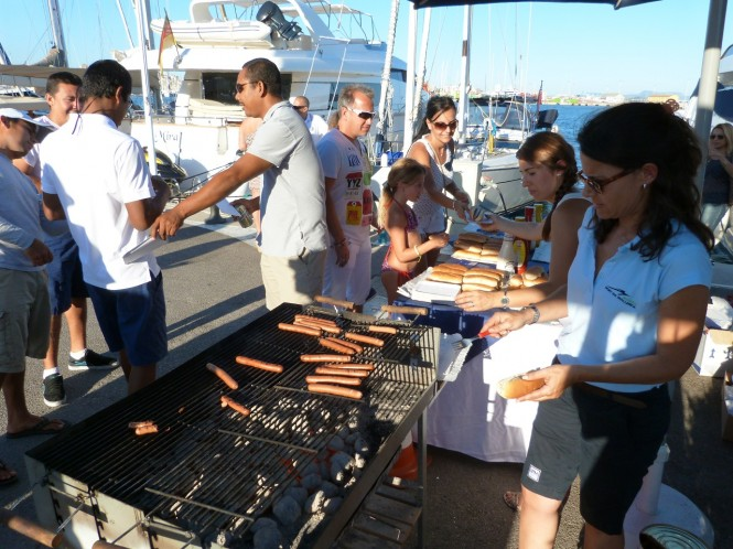 Marina Port de Mallorca  - Hot Dogs and Beers