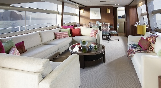 Princess 82 yacht salon