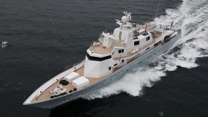 Superyacht Ronin refitted by Lurssen - Photo by Carl Groll
