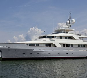 Codecasa 42 Vintage motor yacht Hull F75 delivered