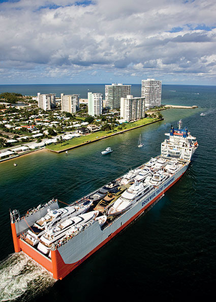 Dockwise Yacht Transport
