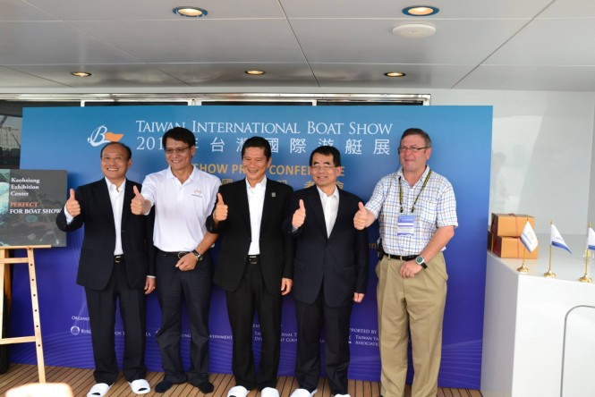 International Yacht Reporters Gather Onsite to Spur Momentum
