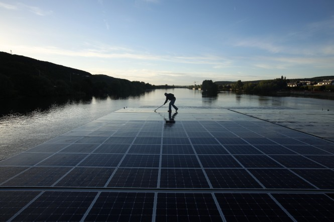 Planet Solar vessel on the Seine