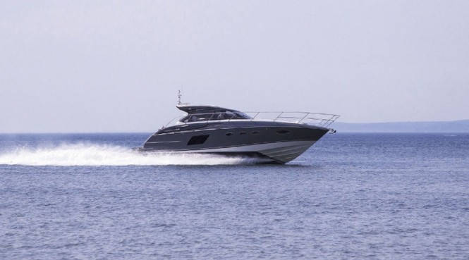 Princess V48 Yacht