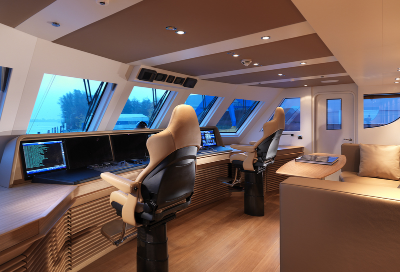 Art Line Yacht Interior Design : Superyacht sofia wheelhouse photo by dick holthuis