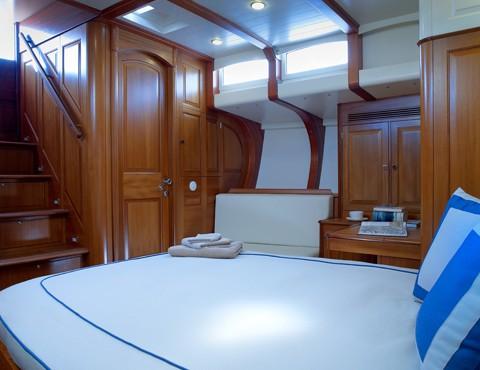 Tempus Fugit Yacht - Master Cabin