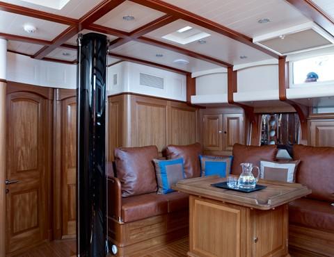 Tempus Fugit superyacht - Saloon