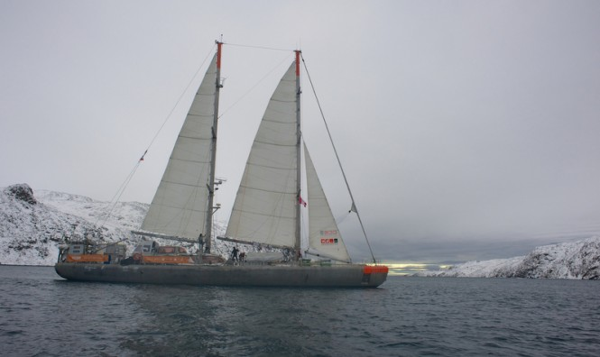 Expedition yacht TARA