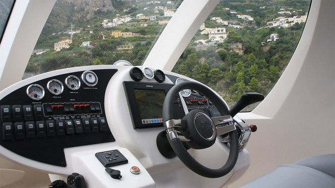 Jet Capsule superyacht tender - Dashboard
