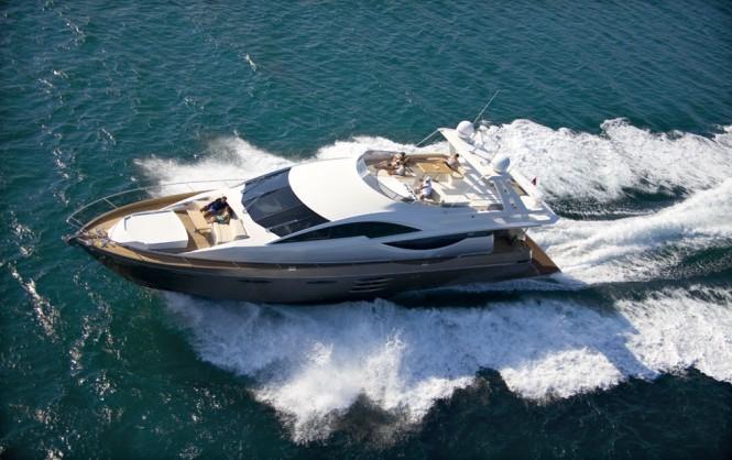 Luxury motor yacht 78 Fly by Numarine