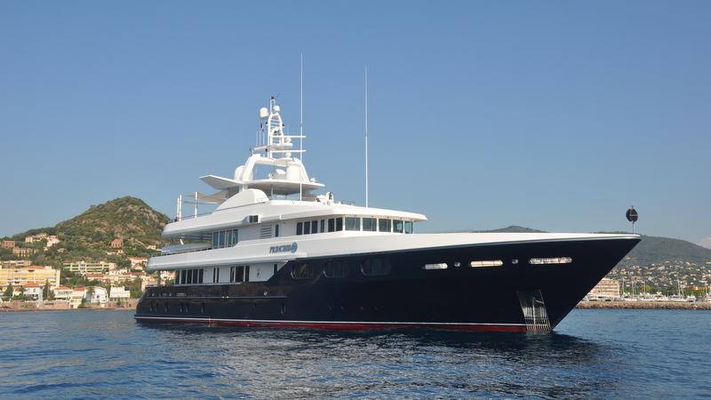 Luxury Motor Yacht Princess Too Yacht Charter