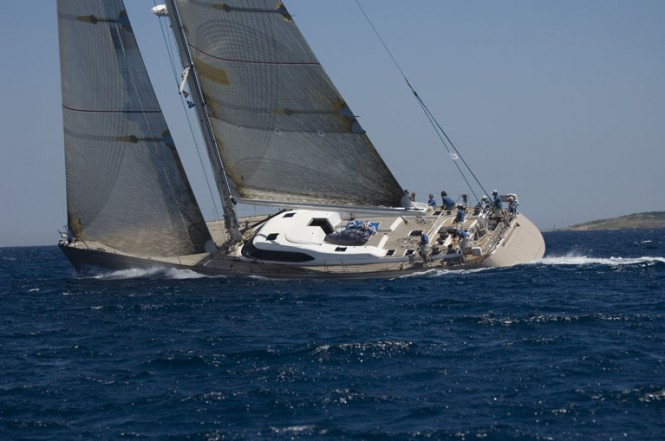 Luxury sailing yacht Skip'N Bou