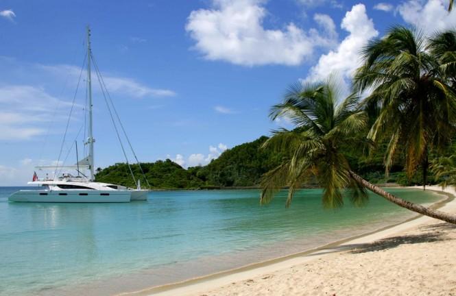Sailing Yacht Akasha - at the beach