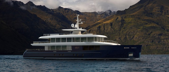 Superyacht Filante 42 - side view