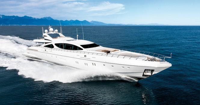 Superyacht Mangusta 165