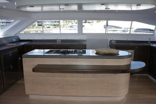 HQ2 Yacht - Galley