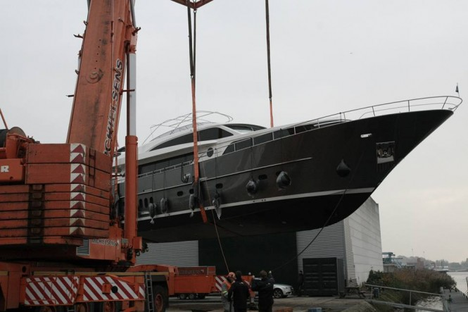 Launch of Continental III 26.00 RPH Yacht at Wim van der Valk