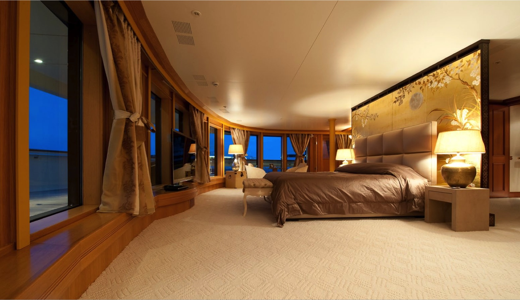 Project reborn yacht bedroom yacht charter superyacht news - Inside luxury bedrooms ...