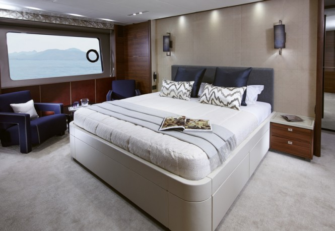 Princess 88 Yacht - Owners Stateroom