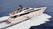 Sanlorenzo SL94 Yacht at full speed