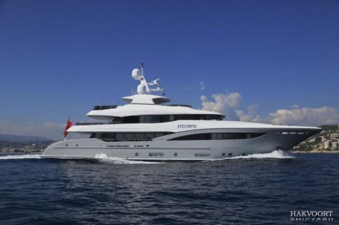 40m Hakvoort superyacht Apostrophe (YN247)