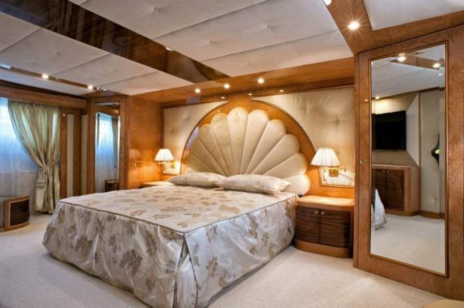 Amer Cento superyacht - Master Cabin