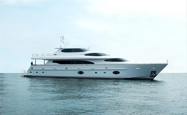 Horizon RP105 Yacht AGORA