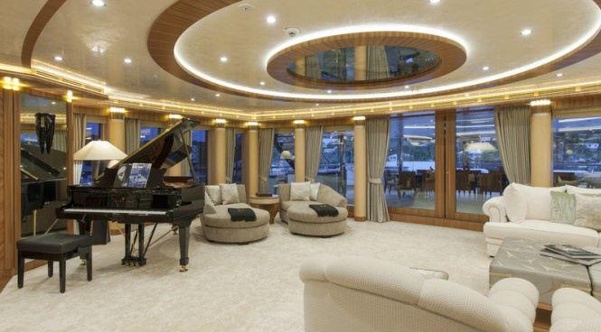 Luxury yacht Quattroelle - Interior - Photo by Klaus Jordan