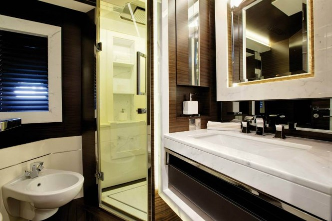 Motor yacht Azimut Grande 120SL - Bathroom