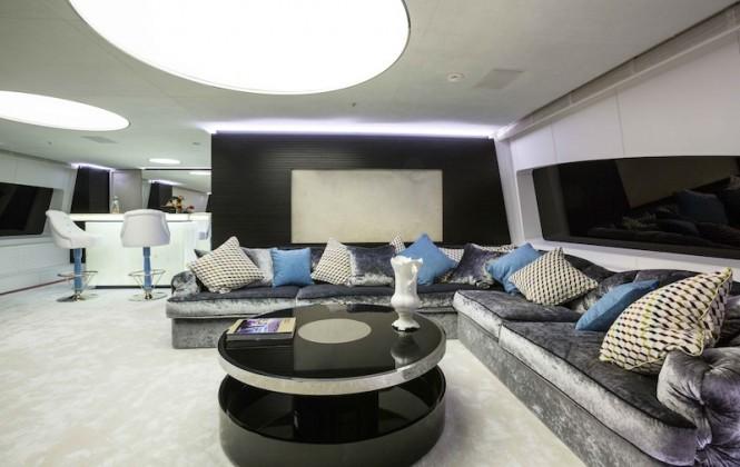 Ocean Paradise yacht - Interior